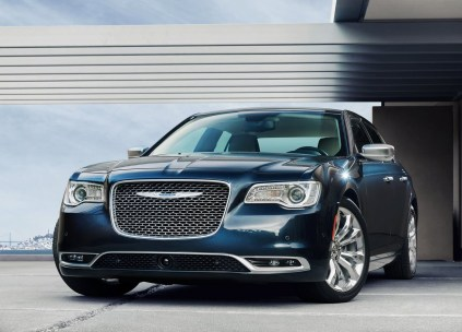 Chrysler-300C-2015-08
