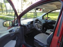 Ford Tourneo Courier 06