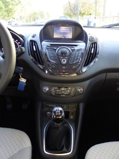 Ford Tourneo Courier 11