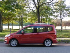 Ford Tourneo Courier 19