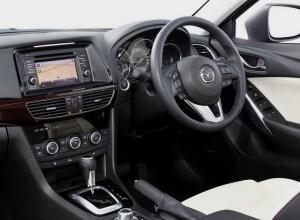 Mazda 6 ou Atenza 2014.2
