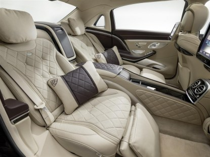 Mercedes - Maybach S600 (59)