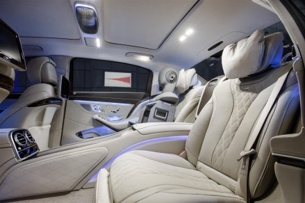 Mercedes - Maybach S600 (7)