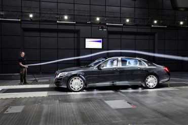 Mercedes - Maybach S600 (9)