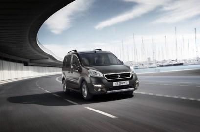 2015_Peugeot-Partner_07