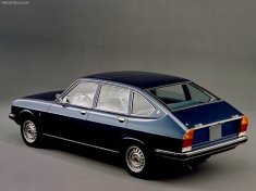 Lancia-Beta_1975_800x600_wallpaper_03