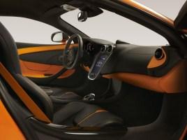 980724_06a_McLaren 570S_NYlaunch