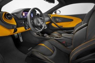 980754_08_McLaren 570S_NYlaunch