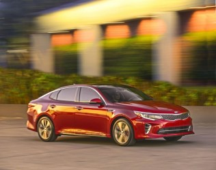 S7-Salon-de-New-York-la-nouvelle-Kia-Optima-totalement-devoilee-349967