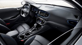 ioniq-a-leap-forward-for-hybrid-vehicles-interior-1