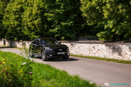 essai-infiniti-qx70-s-ultimate-v6-photo-49