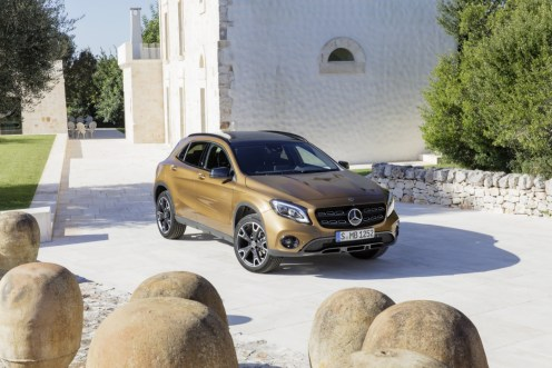 Mercedes-Benz GLA 2017 - 29