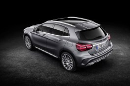 Mercedes-Benz GLA 2017 - 37