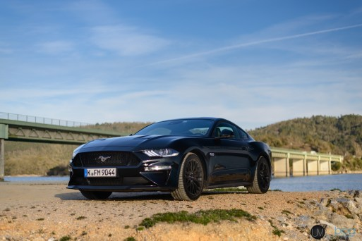 FORD Mustang 2018-044