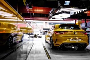 2018 - Nouvelle Renault MÉGANE R.S. TROPHY et la monoplace Renault R.S. 18