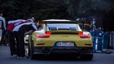 829766_911_gt2_rs_world_record_nuerburgring_2017_porsche_ag
