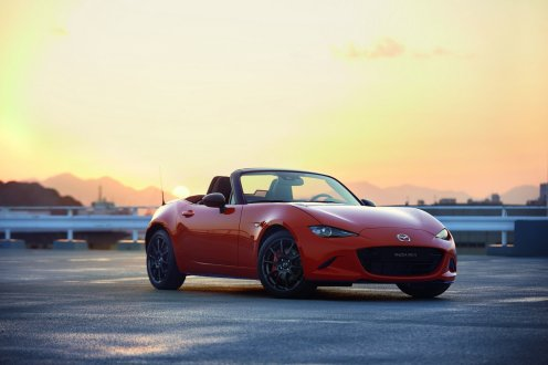 6d35f3e7-mazda-mx-5-30th-ann-1