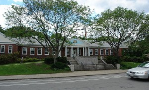 The Belmont Public Library