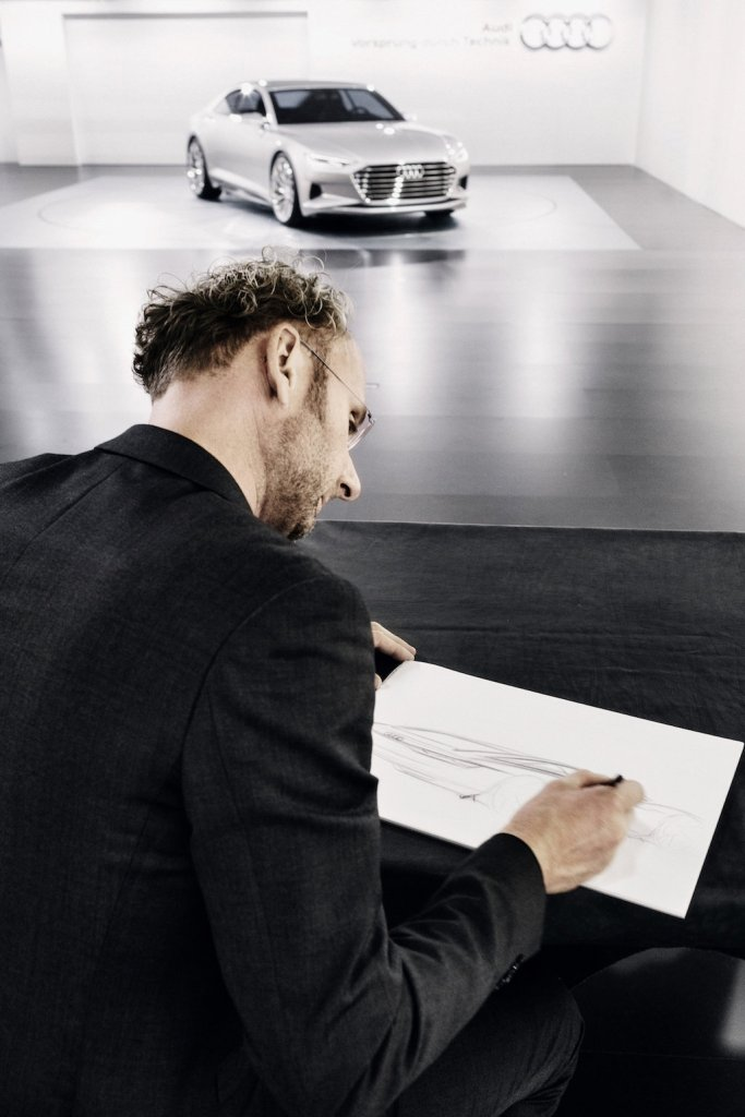 It starts with the idea – Marc Lichte loves to sketch and does so at every opportunity. ©Audi AG