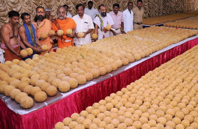 TTD To Sell Laddus At Half Price