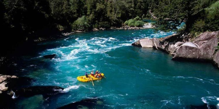 Raftin-en-el-Río-Magpie
