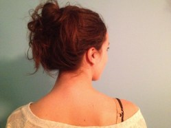 a-perfect-simple-messy-bun-e1320364104825