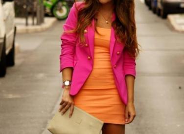 look-laranja-e-rosa