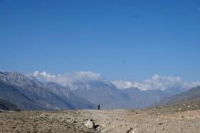 Langsam geht's voran auf den Schotterpisten im Pamir