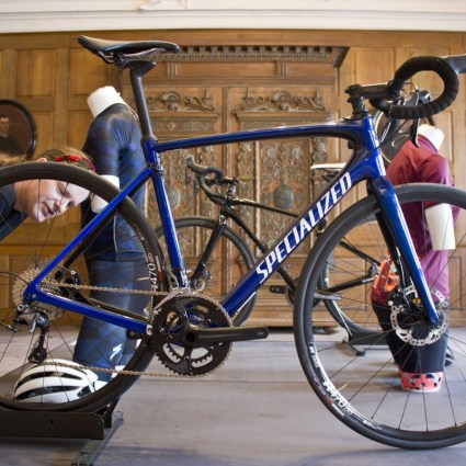mal genauer begutachten, das Specialized Roubaix 2017