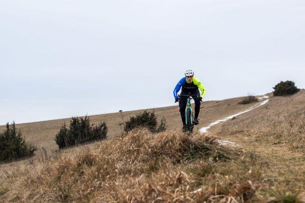 on Tour mit den Power Trail Windstopper® Light Handschuhen