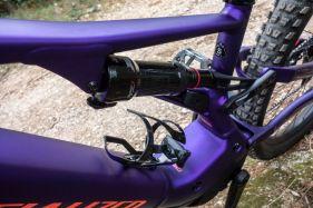 Asymmetrischer Sidearm-Rahmen - von links