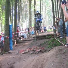 Überwindet Marcel auch das Steinfeld beim Mountainbike Rider Cup 2005 in Ilmenau?