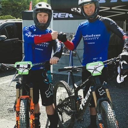 Winterberg 2019 - Bereit für das Training mit Teamkollege Nick (links)
