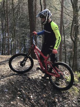 Max 2018 auf dem Hometrail mit neuem Fahrrad