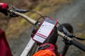 Die AXS App stellt ein Funknetz zwischen den einzelnen Komponenten her.