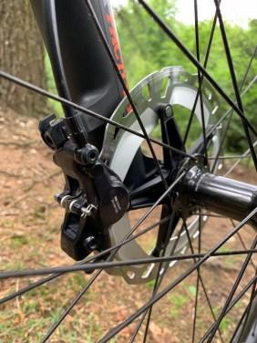 Bremse-vorne-am-Bike-unbearbeitet