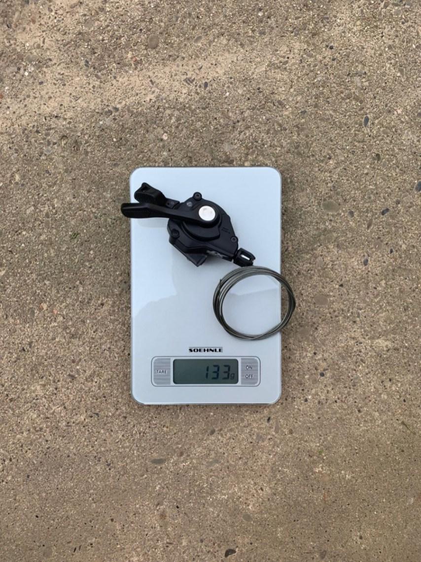 133 Gramm wiegt der neue XT Schalthebel.