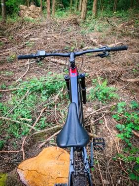 Das Cockpit gleicht bis auf die Steuereinheit für den Motor, dem eines Bio-Bikes.