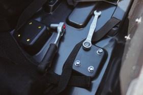 B&W Bike Bag II Aufbau mit Werkzeug
