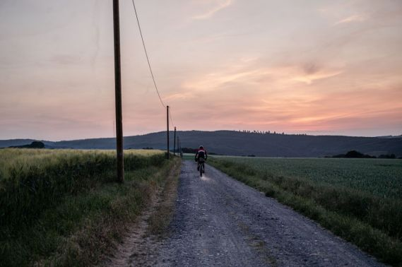 Fahrt bis in den späten Abend... - Foto by Nils Laenger