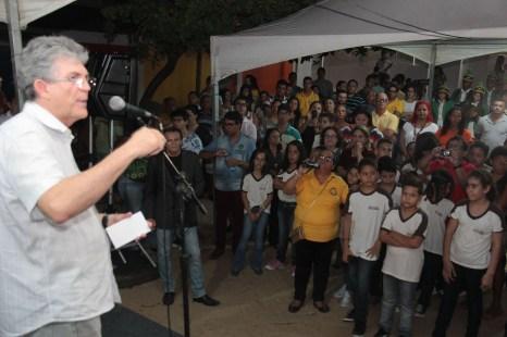08_04_16 ricardo inaugura obras3
