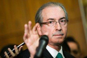 Após a renúncia de Cunha, atenções estão voltadas para a disputa pela presidência da Câmara