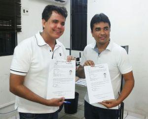 Fábio e Fabrício protocolam registro de candidatura