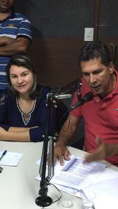 Prefeita Lili (PDT) e o Deputado Ricardo Barbosa (PSB), prestando contas do seu Governo na Rádio correio do Vale FM Mamanguape