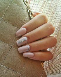 rose-quartz-nail-design-12
