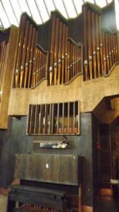 igreja-de-pedra-temppeliaukio v
