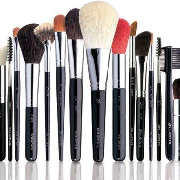 pincc3a9is-de-maquiagem