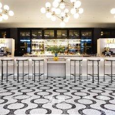 10-of-the-Most-Beautiful-Hotel-Bars-new-york-720x720-slideshow