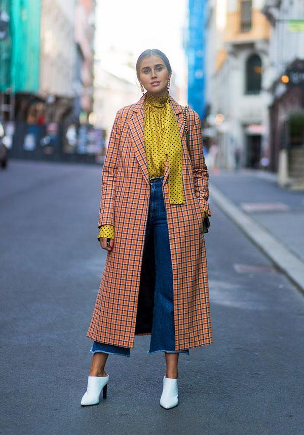 trenchcoat-xadrez-bota-branca-jeans-itgirl-20180430163802