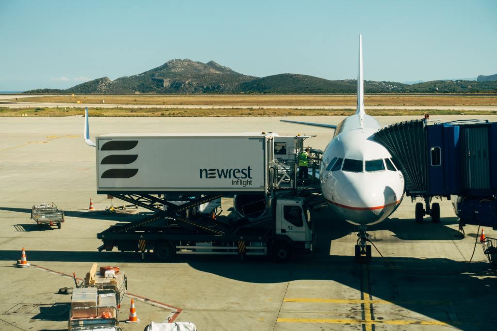 Diversos procedimentos realizados na aviação civil